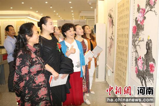 马克加索尔河南潢川举办庆祝新中国成立70周年主题书画展